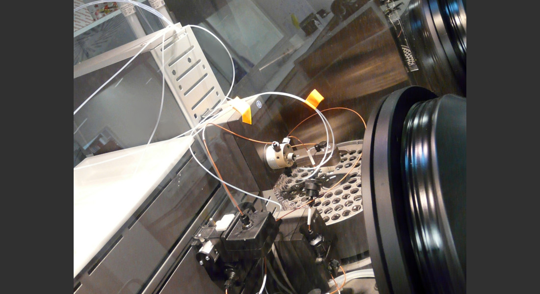 boite-gants-laboratoire-recherche-ibsbiodet1