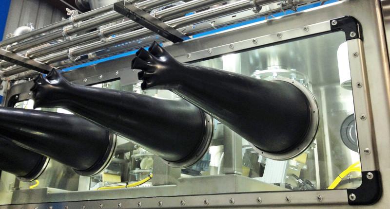 Boîtes à gants pour l'industrie