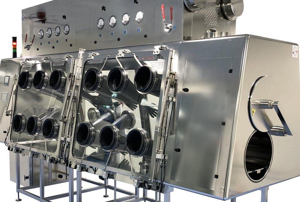 Isolateurs sécuritaires pour laboratoires pharmaceutiques